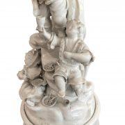 centrotavola con palma e personaggi ceramica d'este d