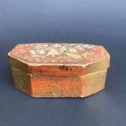 scatola-antica-laccata-e-dorata-c