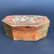 scatola-antica-laccata-e-dorata-h