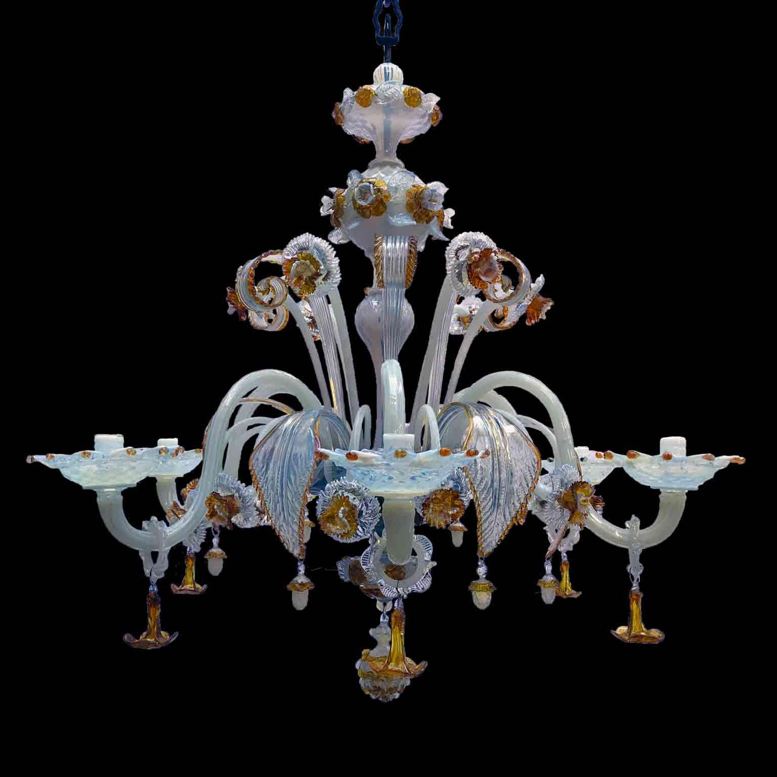 lampadario in vetro di murano opalescente