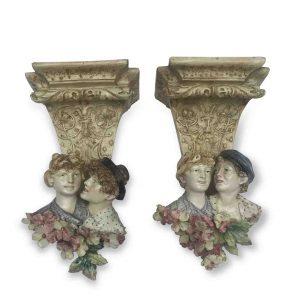 coppia di mensole liberty in ceramica