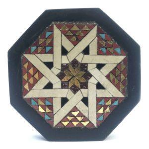 fermacarte-ottagonale-con-tarsie-geometriche
