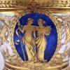 vaso in cristallo ambra decorato in oro con miniatura biedermeier a